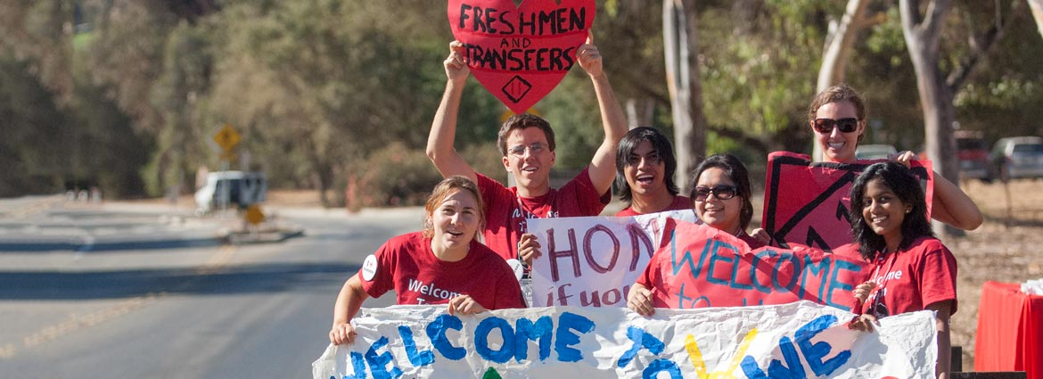 Archive photo of students with welcome signs